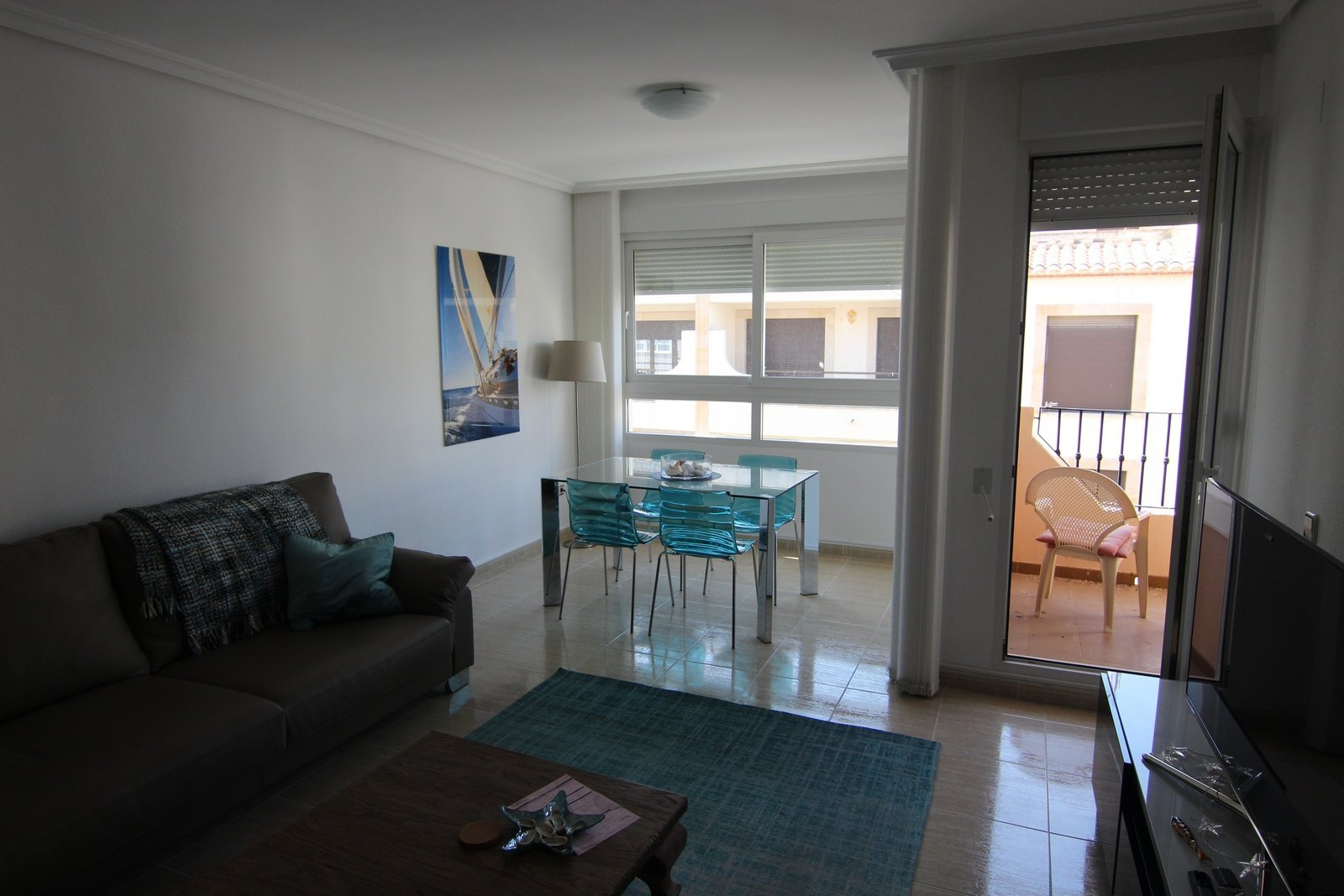 Modern apartment for sale in Moraira's centre.