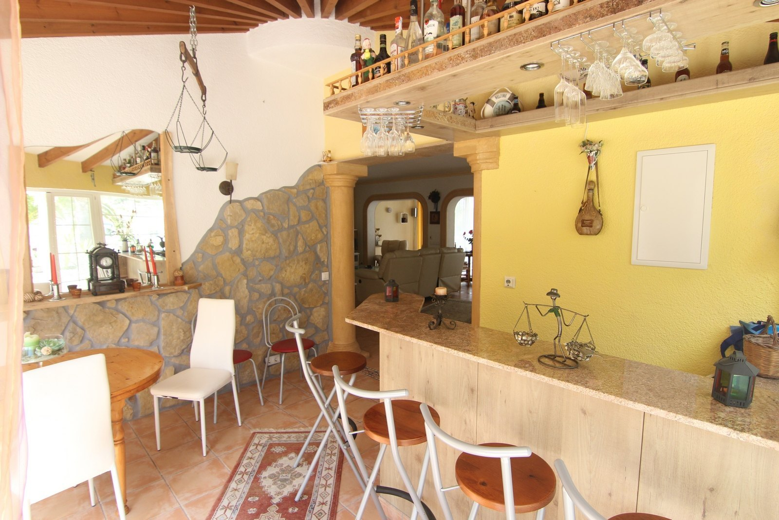 Villa on flat plot with communal pool for sale.