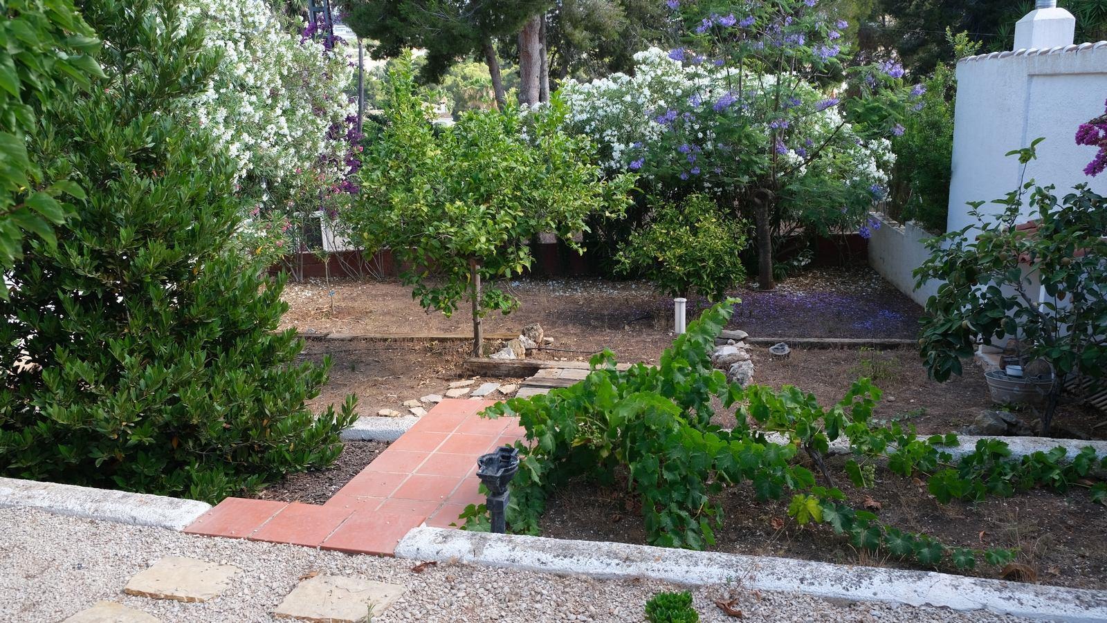 Charming villa for sale in Moraira.